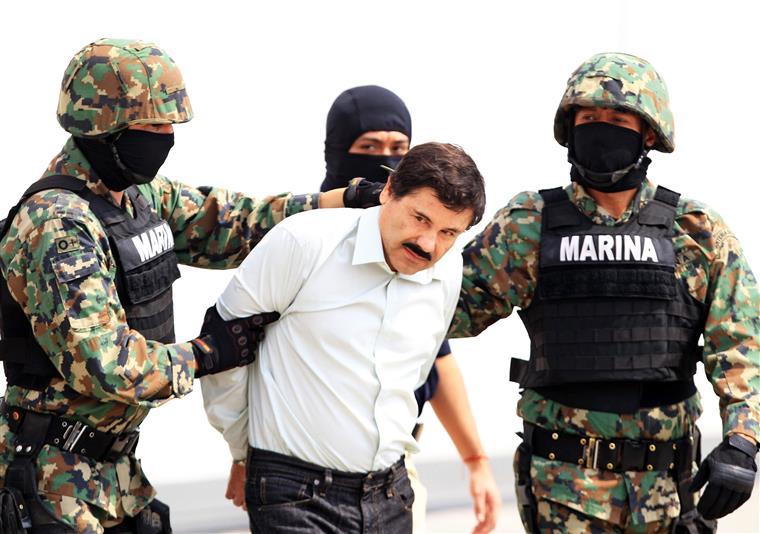 El Chapo foi visto pela última vez no sábado à noite quando foi tomar banho