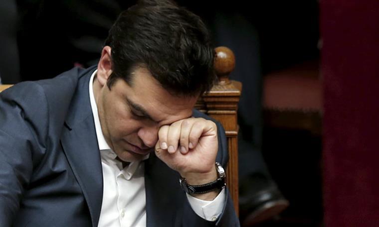 Alexis Tsipras esta quinta-feira, depois de o Parlamento ter aprovado o pacote de austeridade
