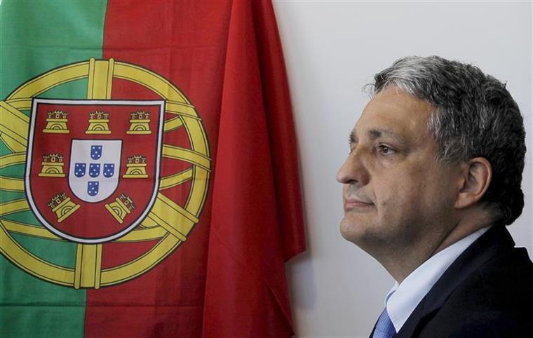 O governante destacou o empenho do Executivo, liderado por Passos Coelho, na contratação de médicos