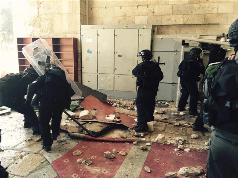 Os judeus estão proibidos de rezar na Esplanada das Mesquitas