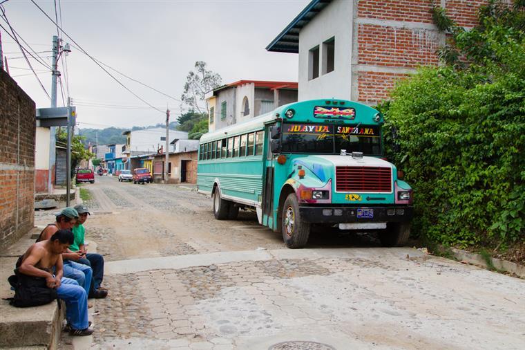 Condutor de minibus foi assassinado ao volante