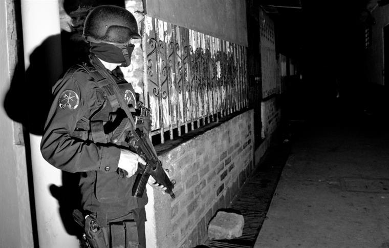 Em 2014, quase 300 mil pessoas abandonaram suas casas para escapar a ameaças ou violência