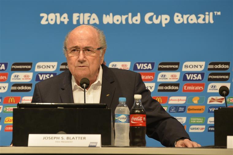 Blatter acrescentou que se sentiu traído por Platini