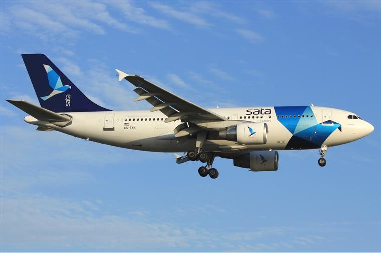 A aeronave, um Airbus 310 - 225, transportava 192 passageiros