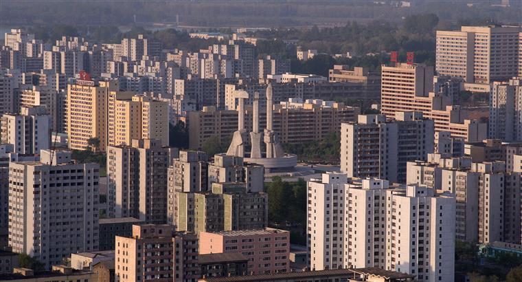"""Pyongyang desencadeou a actual crise com as suas """"actividades provocadoras"""", realçou Park Geun-Hye"""