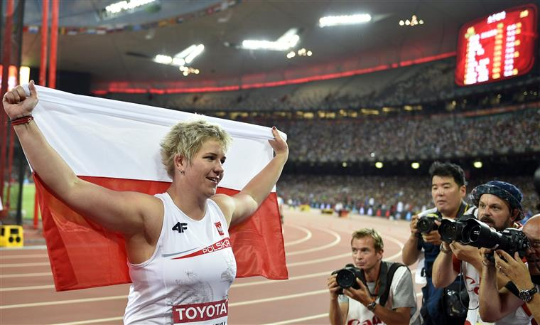 Wlodarczyk superou chinesa e francesa para chegar ao ouro