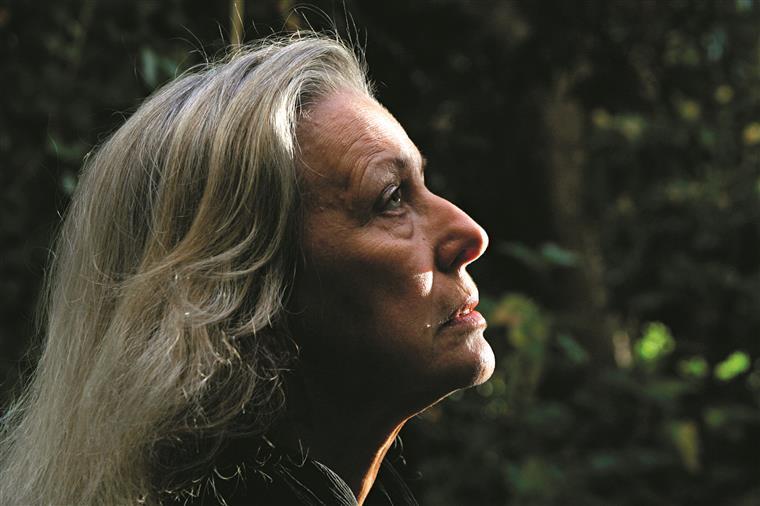 """Nasceu em Janeiro de 1943 e durante 14 anos viveu """"numa redoma"""" criada pela mãe"""
