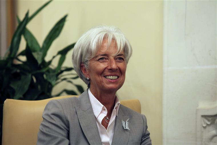 O FMI continua a esperar que a Ásia estimule o crescimento mundial
