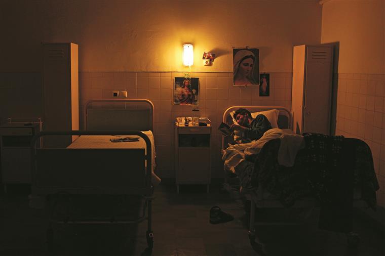 Infarmed identificou 13 mil pessoas a precisar de tratamento