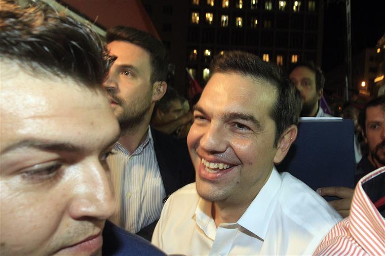 Alexis Tsipras conseguiu ontem um resultado que lhe permite silenciar a oposição interna