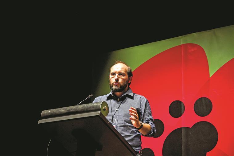 Tavares: sem maioria de direita, a esquerda tem obrigação de governar