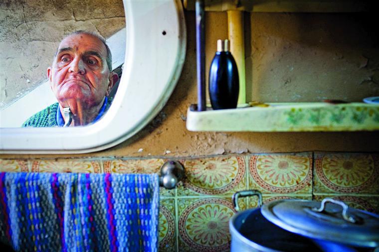 Portugal e Japão estão juntos no problema do envelhecimento, mas o país asiático parece dar melhores condições de vida aos idosos