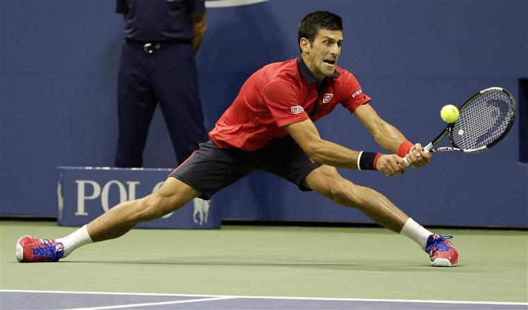 Novak Djokovic mantém-se na luta pelo triunfo no grand slam
