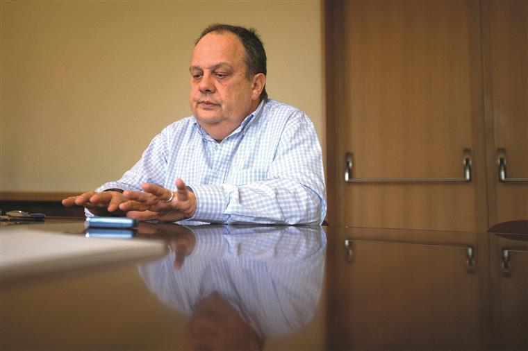 Ministro da Cultura tornou público que se o gestor do CCB não se demitisse ontem ele próprio o faria.