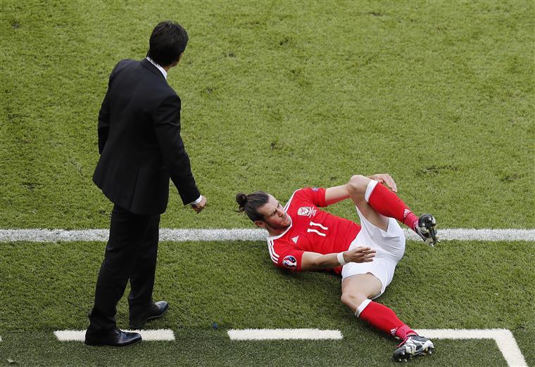 O selecionador Coleman ao lado da sua grande estrela Bale