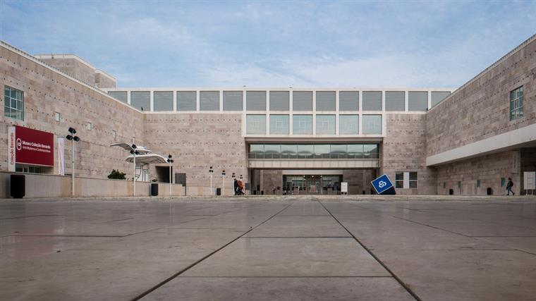 Projetado por Vittorio Gregotti e Manuel Salgado, o CCB foi inaugurado em 1993