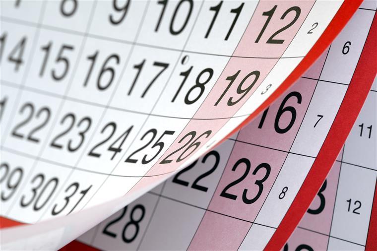 Resultado de imagem para calendário