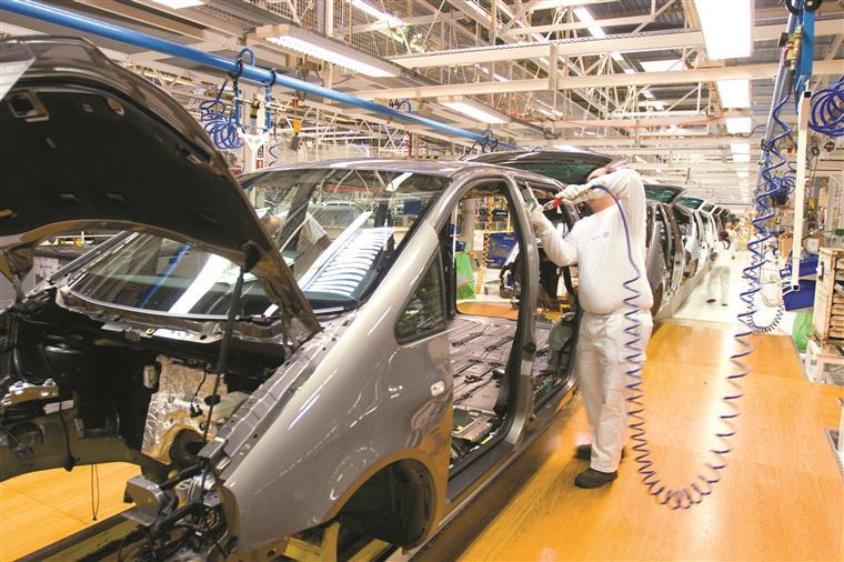 Produção automóvel sobe quase 22% em Setembro