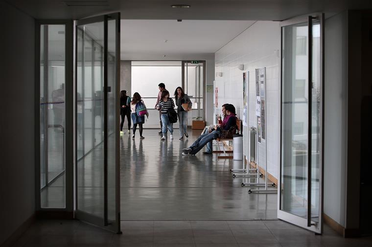 1602 alunos entram na terceira fase — Ensino superior