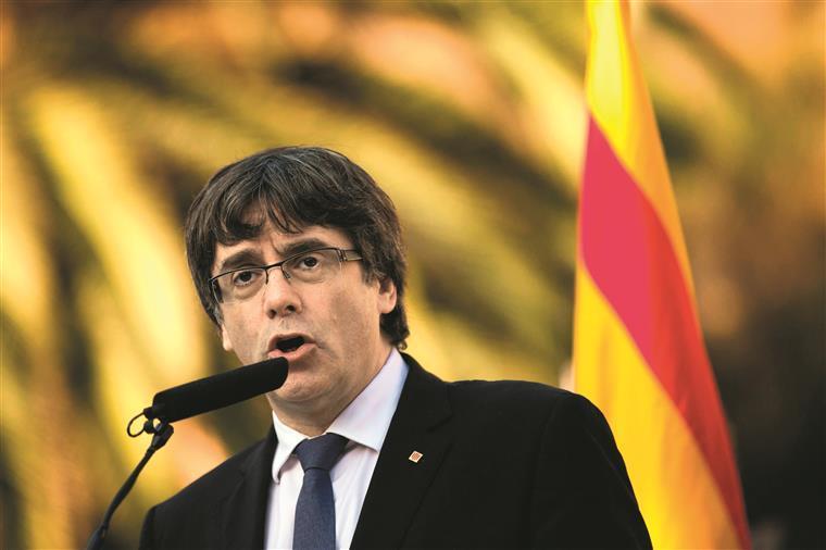 Catalunha. Puigdemont afirma que este é o 'pior ataque desde o ditador Francisco Franco'