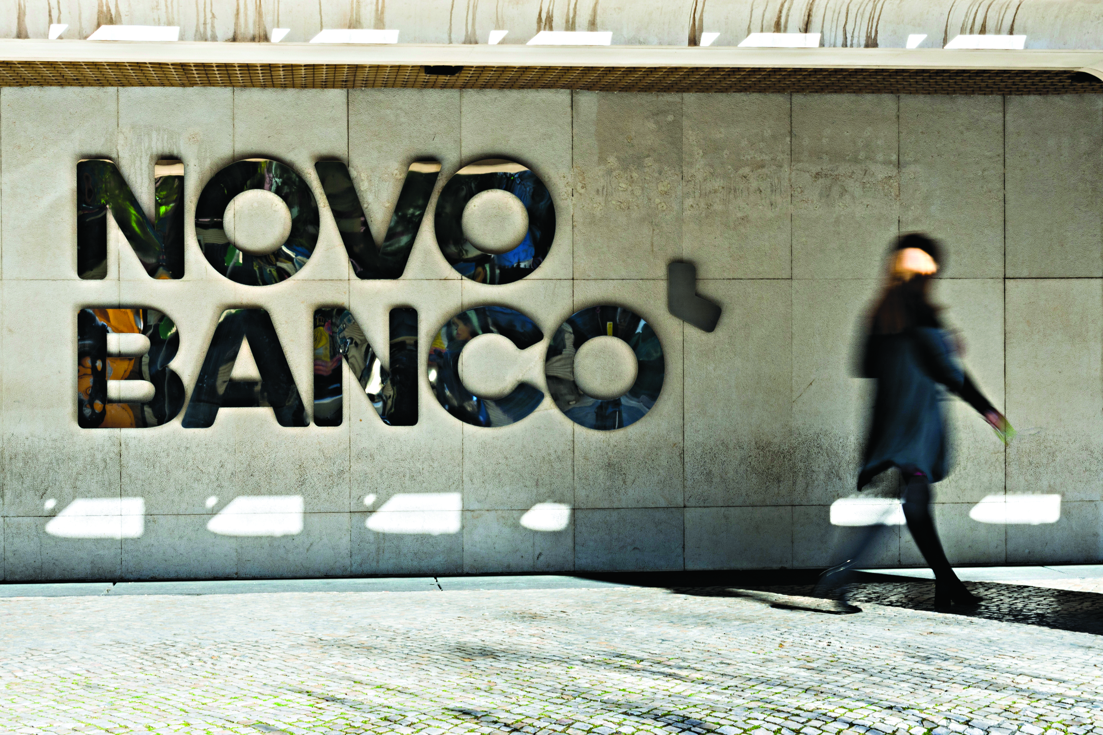 Venda do Novo Banco: garantida almofada de 500 milhões para o negócio