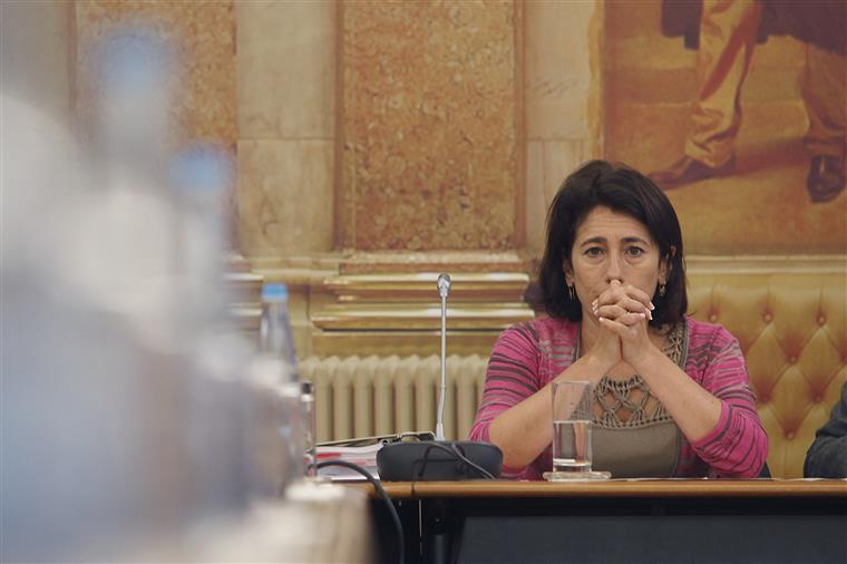 Diretora do Serviço de Estrangeiros e Fronteiras foi demitida