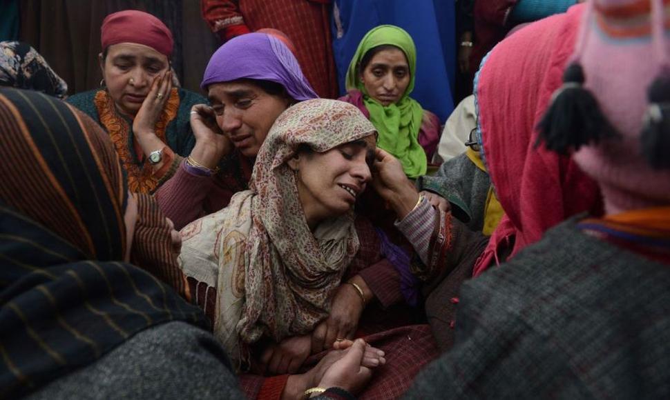 Tumulto em entrega de alimentos faz 15 mortos em Marrocos