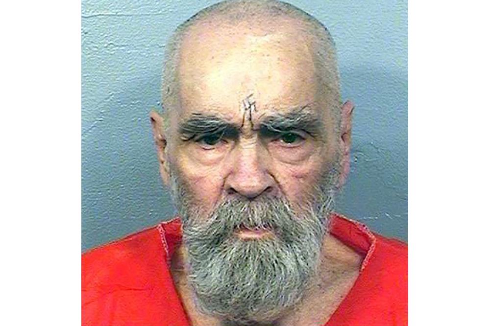 Assassino Charles Manson morre nos EUA aos 83 anos