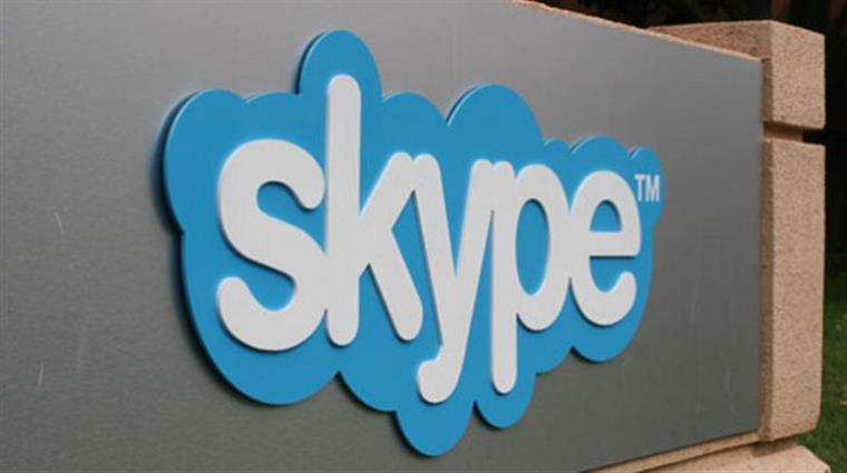 Skype desaparece das lojas de aplicativos móveis na China