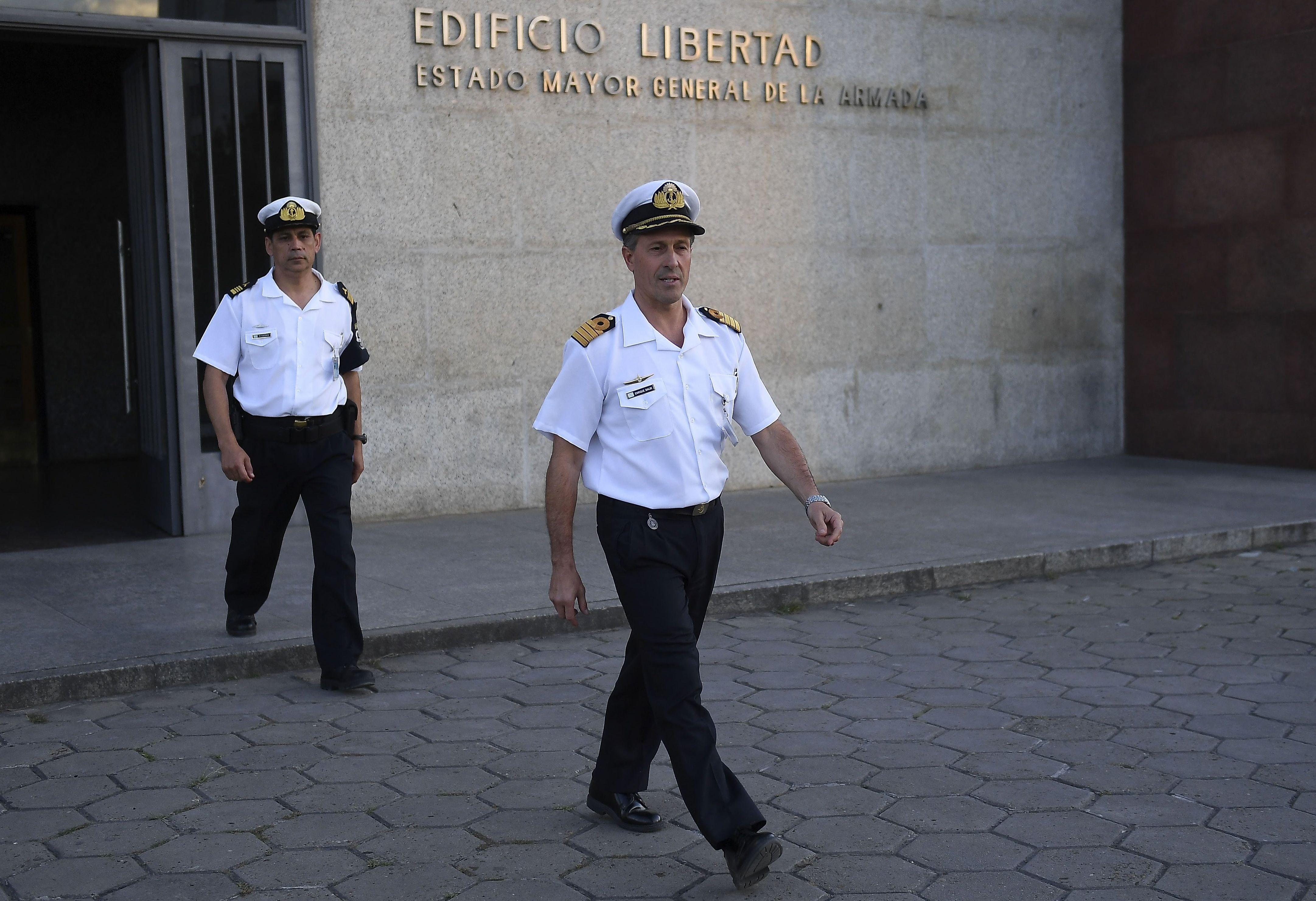 Marinha argentina diz que não há sinal do submarino