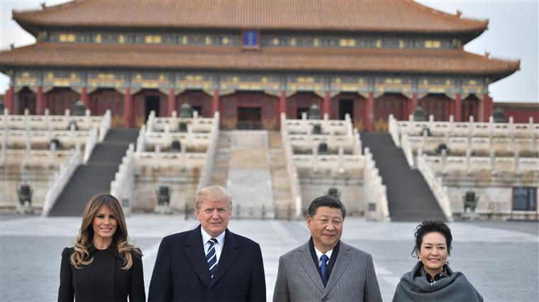 Presidentes e primeiras-damas dos EUA e China, na Cidade Proibida de Pequim
