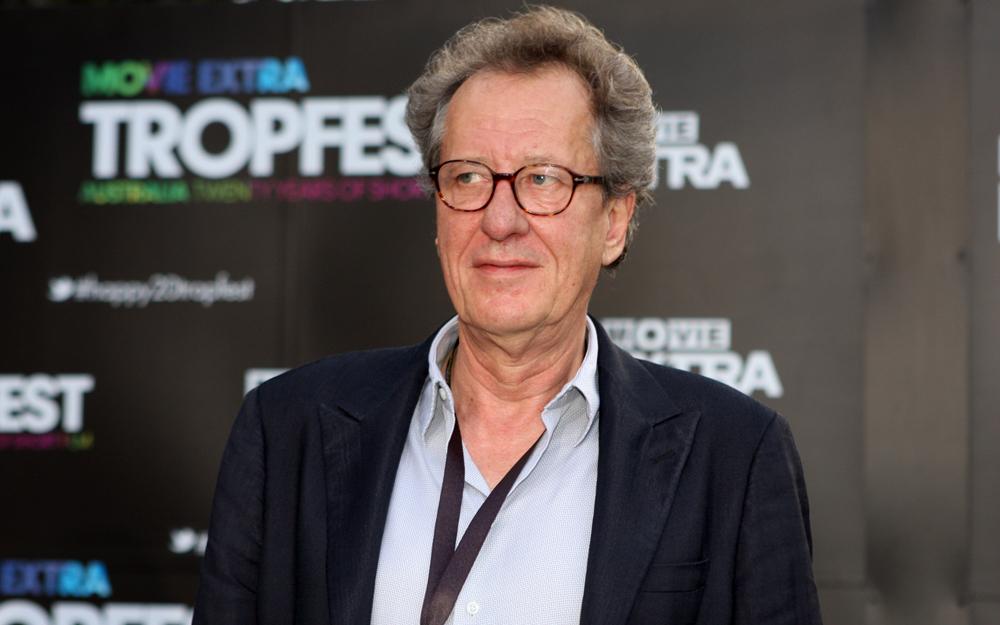 Geoffrey Rush deixa Academia de Cinema australiana após denúncias