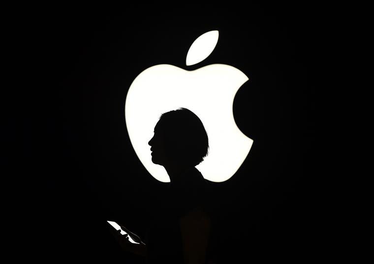 Tim Cook recebe bónus de 74% dos aumentos de lucros da Apple