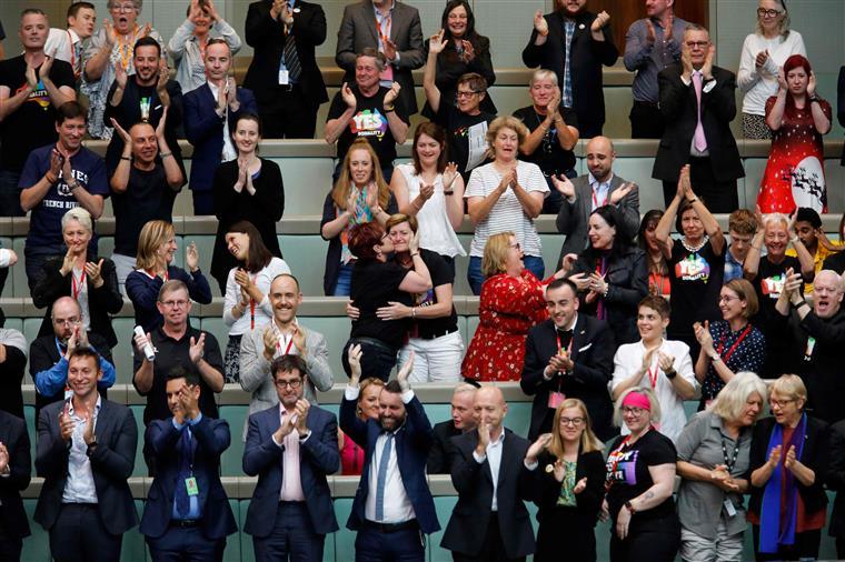 Aprovação foi muito celebrada na Câmara dos Representantes