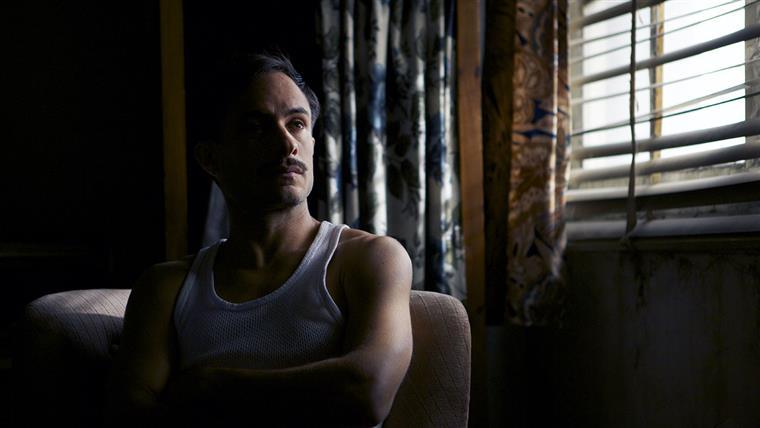 No novo biopic de Pablo Larraín, García Bernal é Oscar Peluchonneau