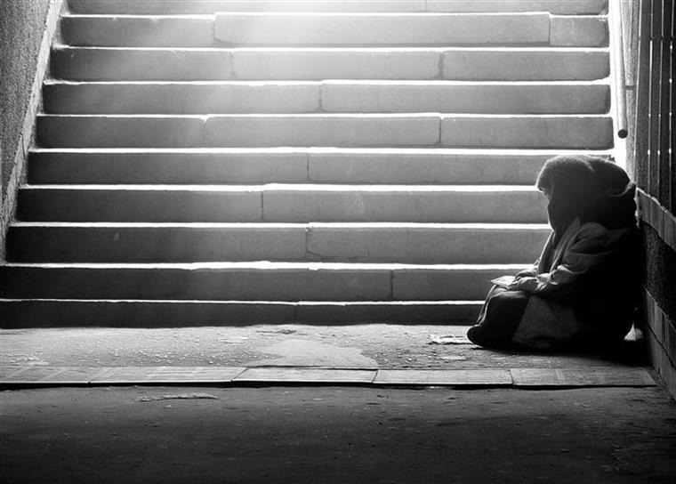 Risco de pobreza baixou em Portugal e atinge um quarto da população