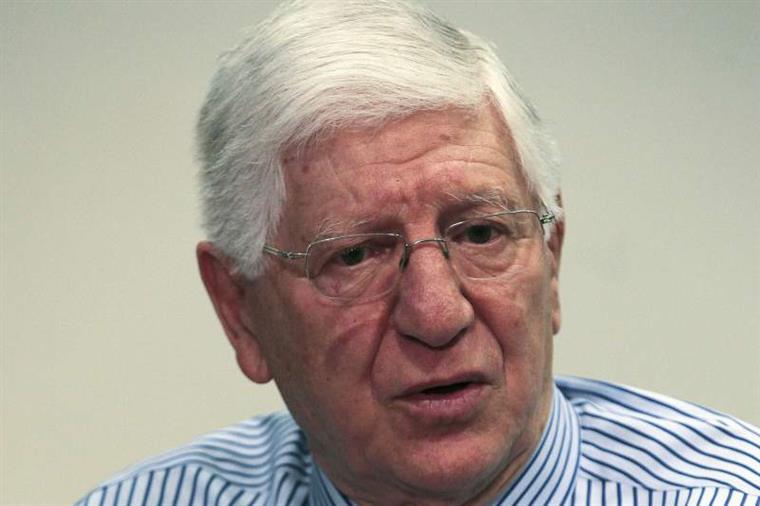 Aos 79 anos: Vicente Moura deixa o Sporting por