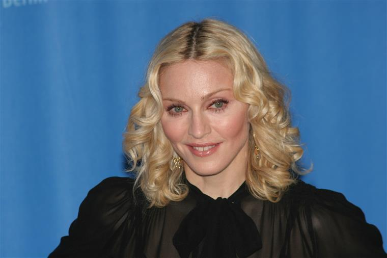 Madonna visita estádio da Luz