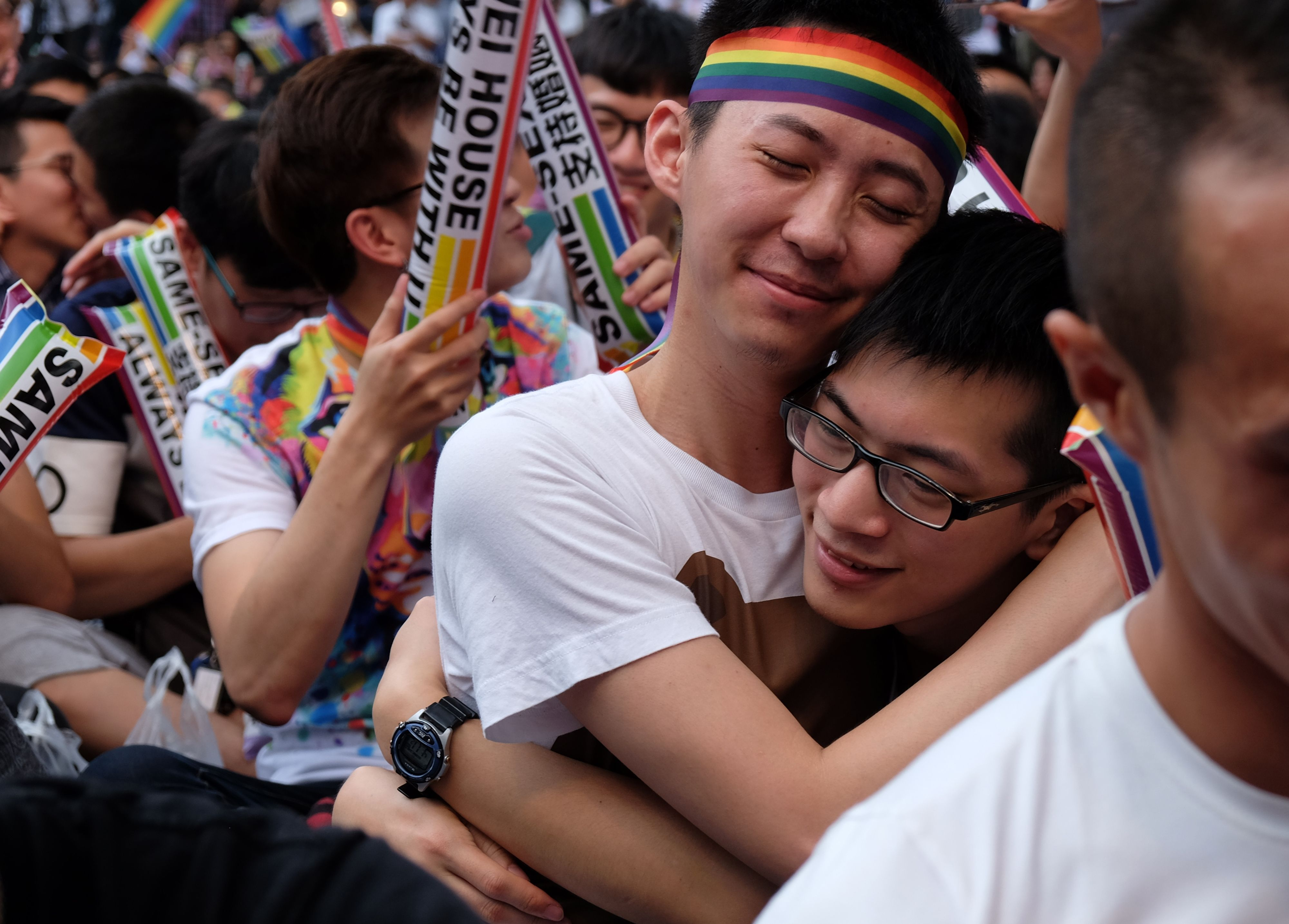 Taiwan torna-se o primeiro país asiático a legalizar o casamento homossexual