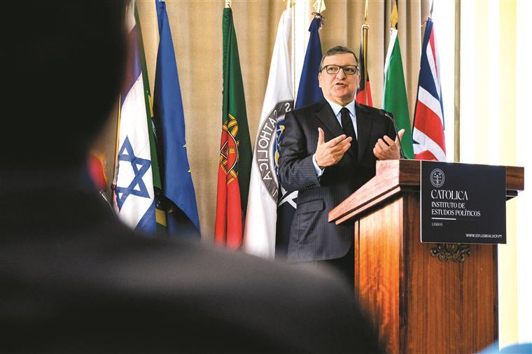 Durão Barroso. 'Hollande foi o pior erro de casting da história de França'