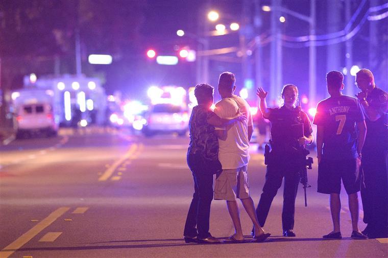 Tiroteio em clube noturno nos EUA deixa ao menos 28 feridos