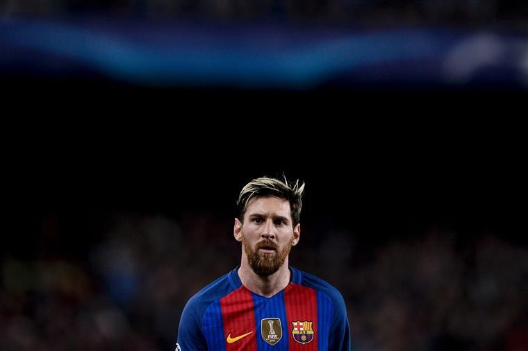 Messi paga 252 mil euros e evita 21 meses de prisão