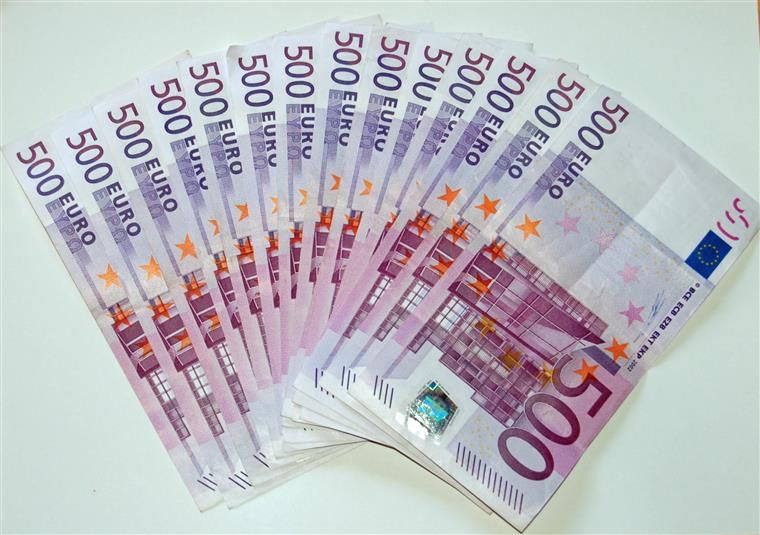 Depósitos com mais de 100 mil euros aumentaram