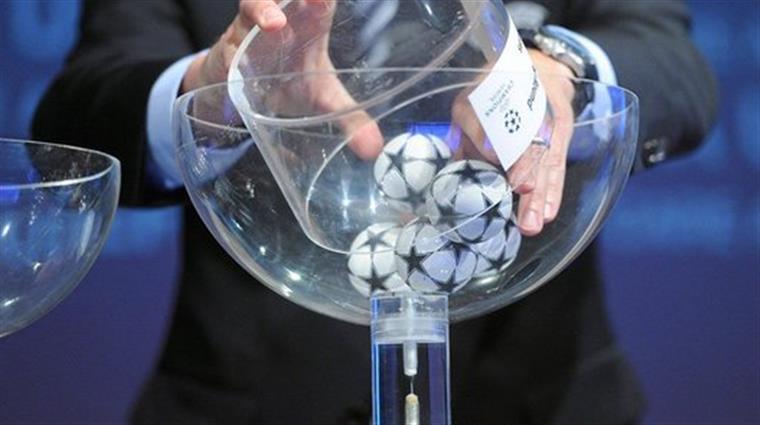 Assunção Cristas faz comentário polémico sobre Liga dos Campeões
