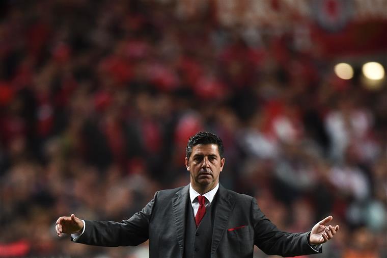 Análise: Benfica volta a voar baixinho, desta vez no Bessa