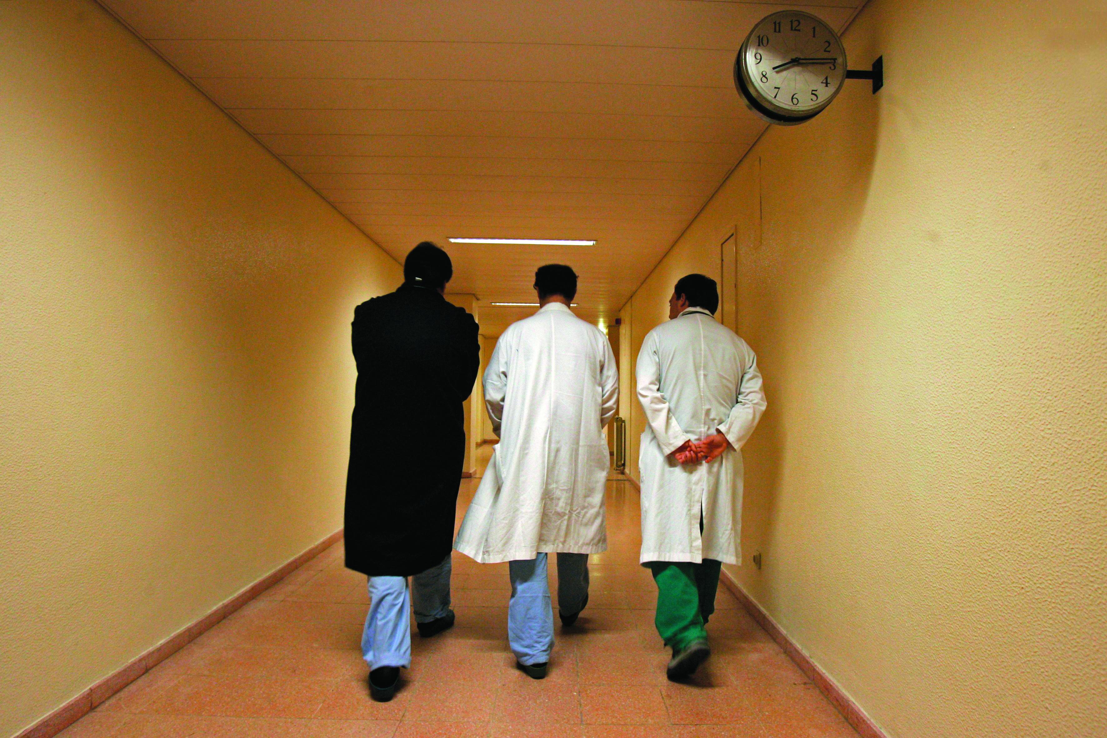Médicos avançam para a greve