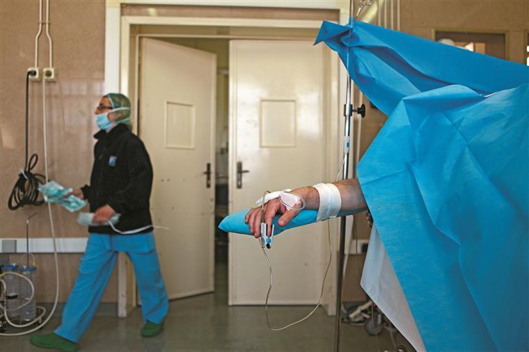 Um sindicato cancela e o outro suspende greve — Enfermeiros