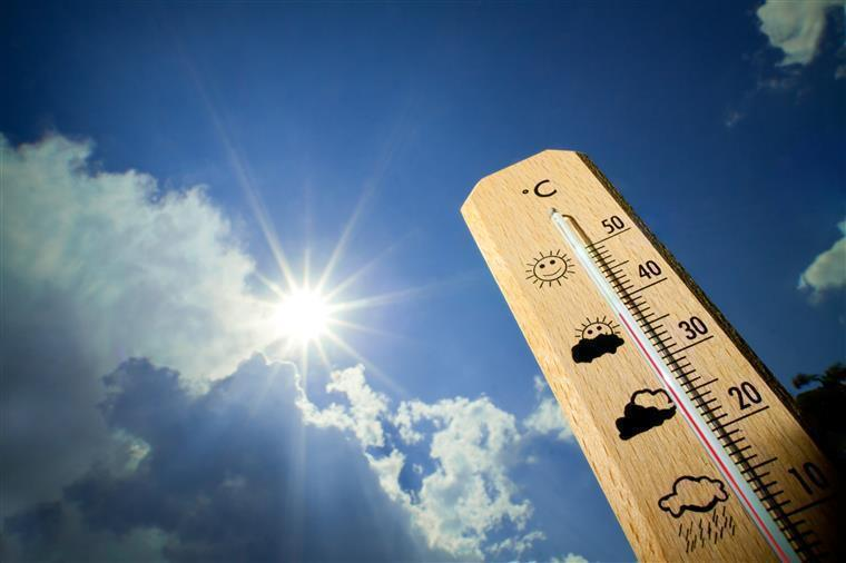 Beja, Évora e Setúbal sob aviso amarelo devido ao tempo quente