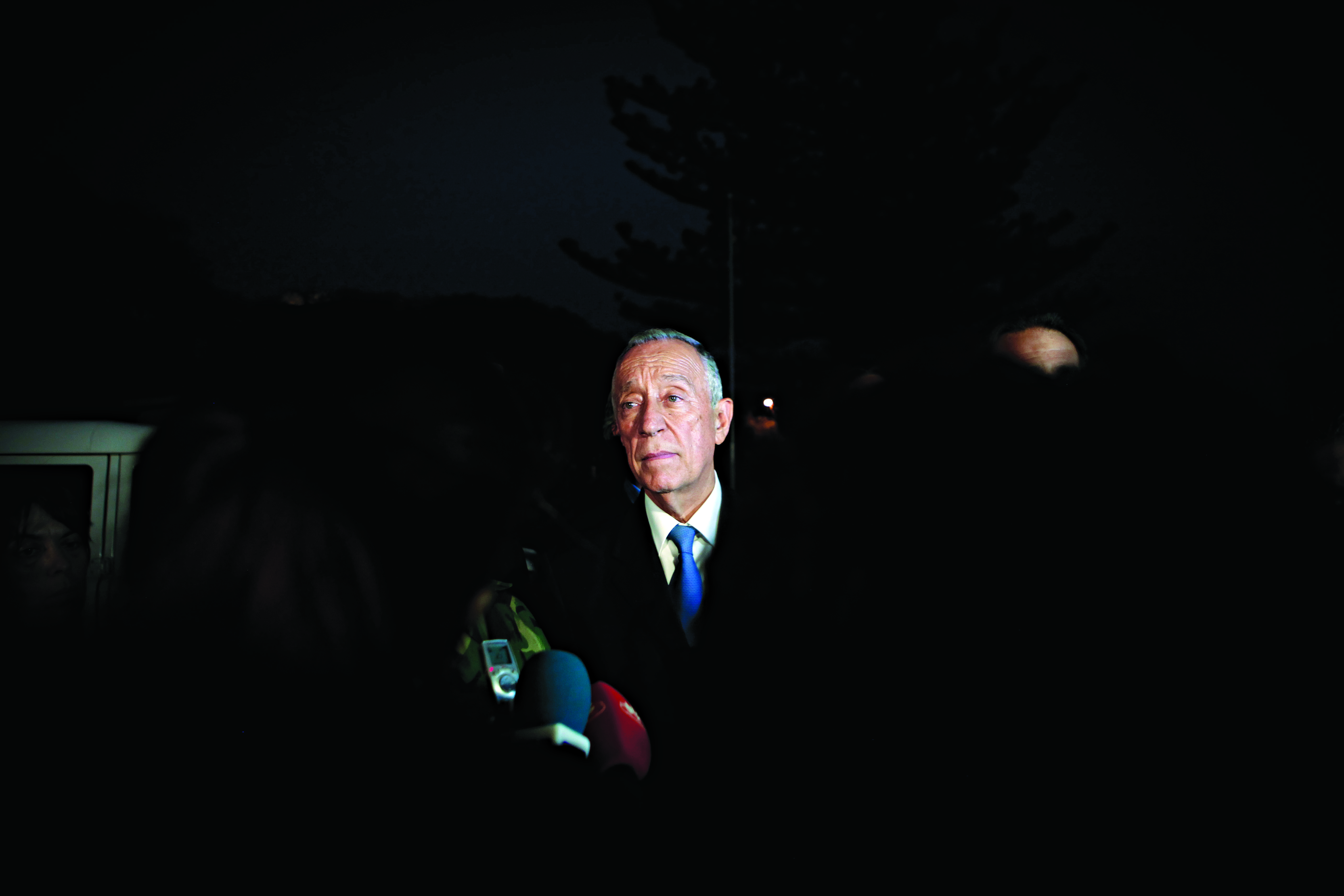 Presidente da República visita local da tragédia em Tondela