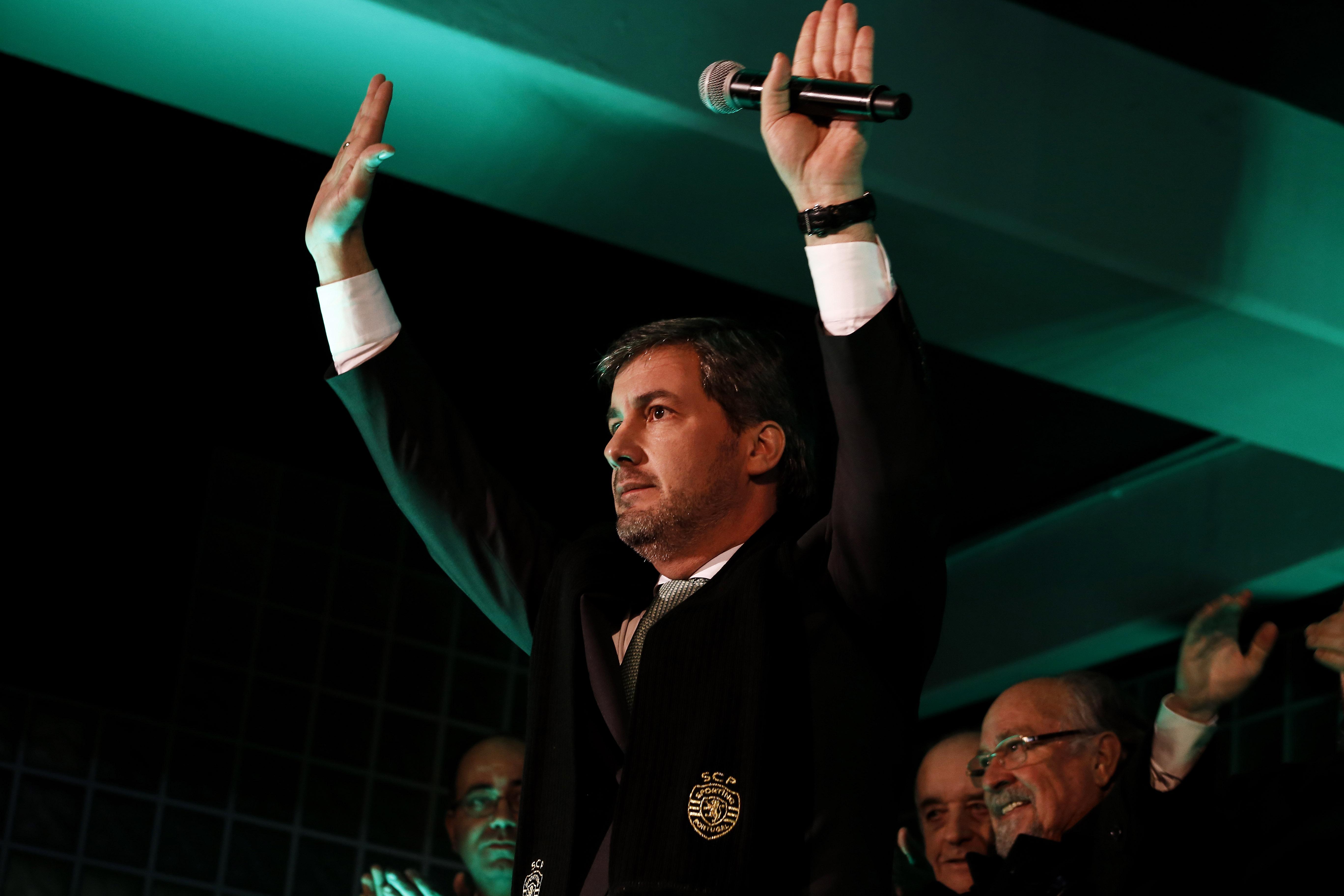 Federação de Patinagem repúdia cânticos dos adeptos do Sporting